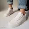 Balti laisvalaikio batai